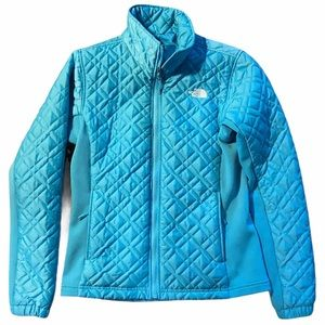 THE NORTH FACE Lightweight Quilted Puffer Jacket